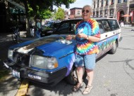 Sherry and the Obama Car (photo by KMT)