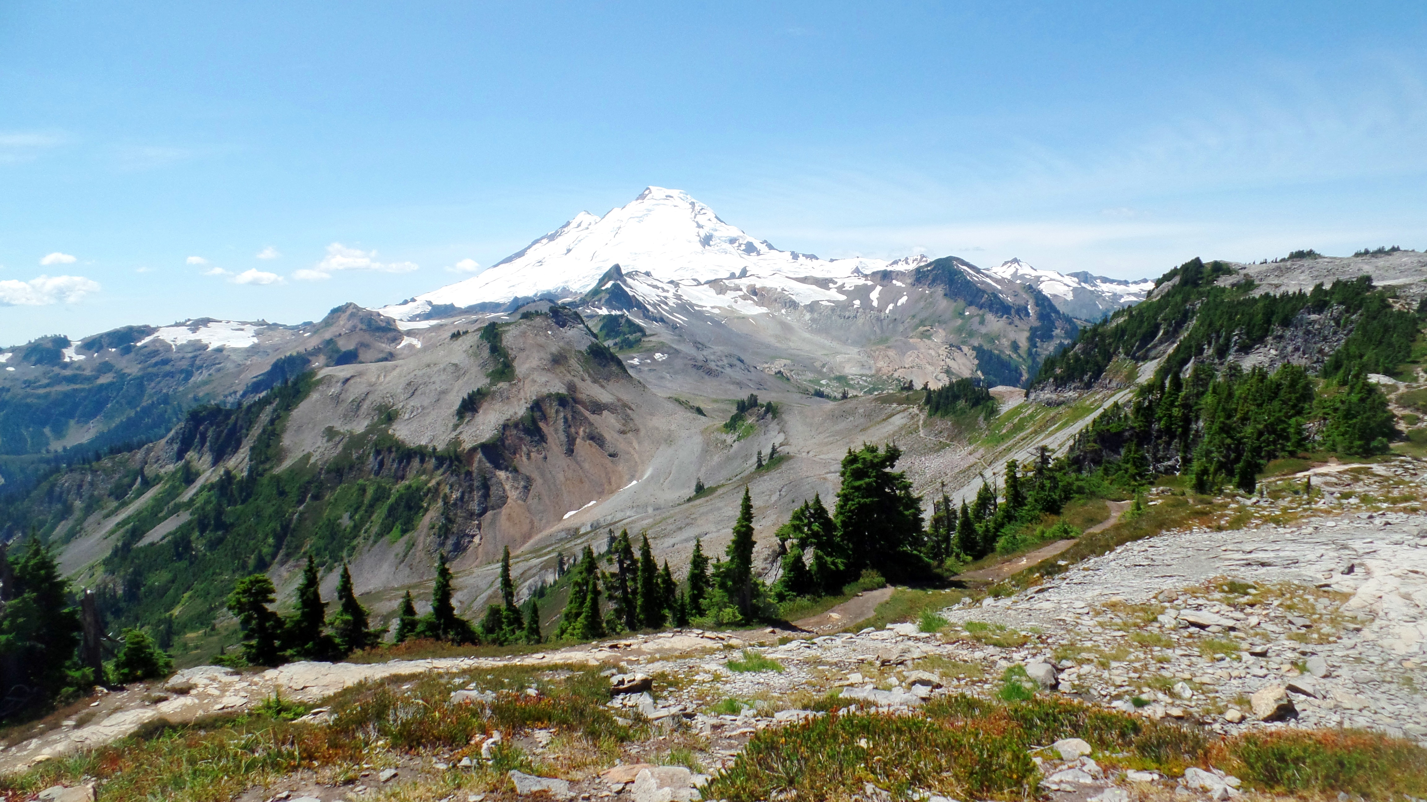 This week s hikes in the north cascades scenes from for Chair 6 mt baker