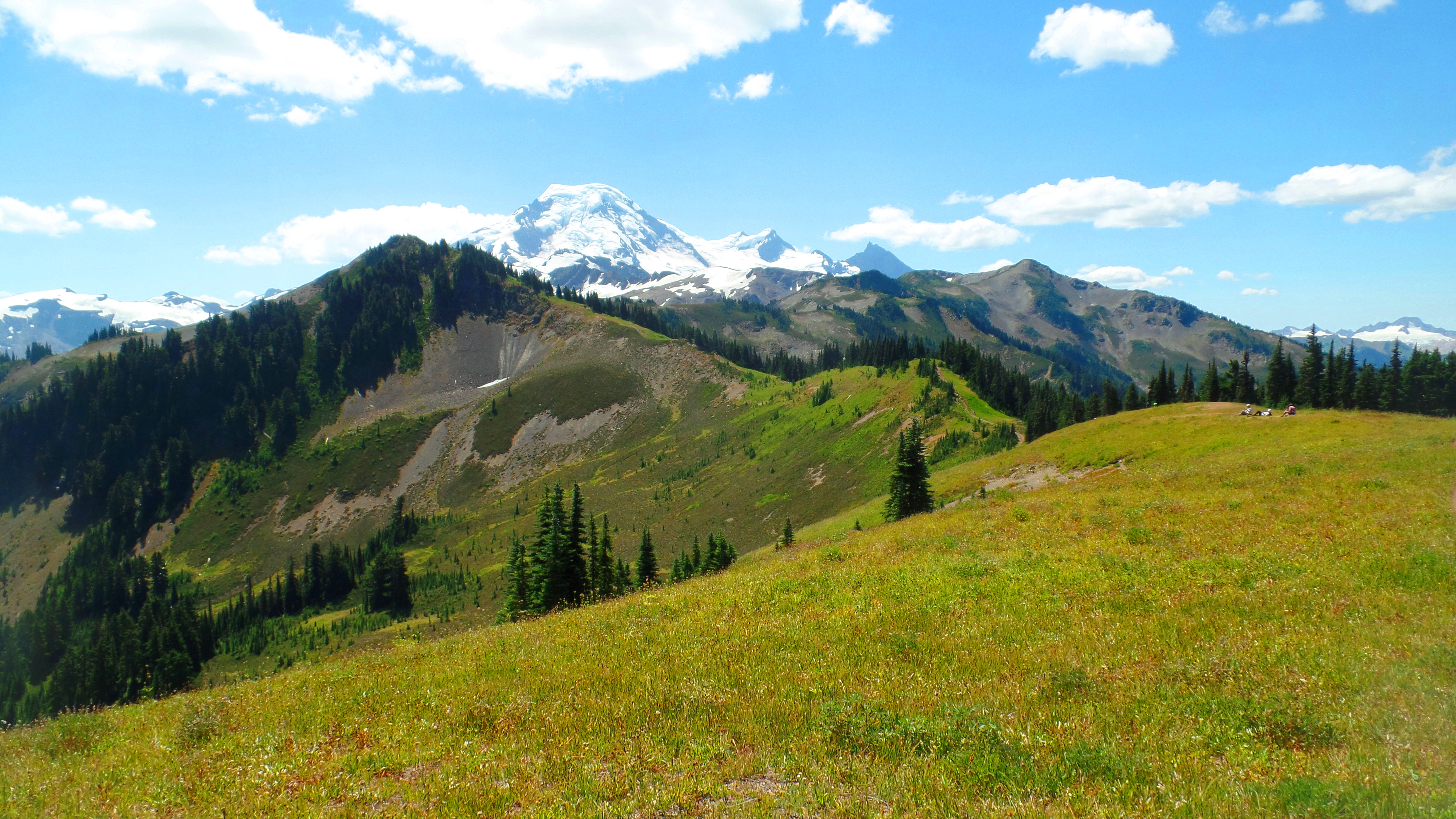 how to get to mount baker hike trail